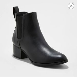 Shoes - Black slip on ankle boots size 9